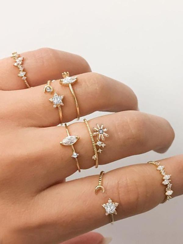 7Pcs Star Moon Rhinestone Ring Set