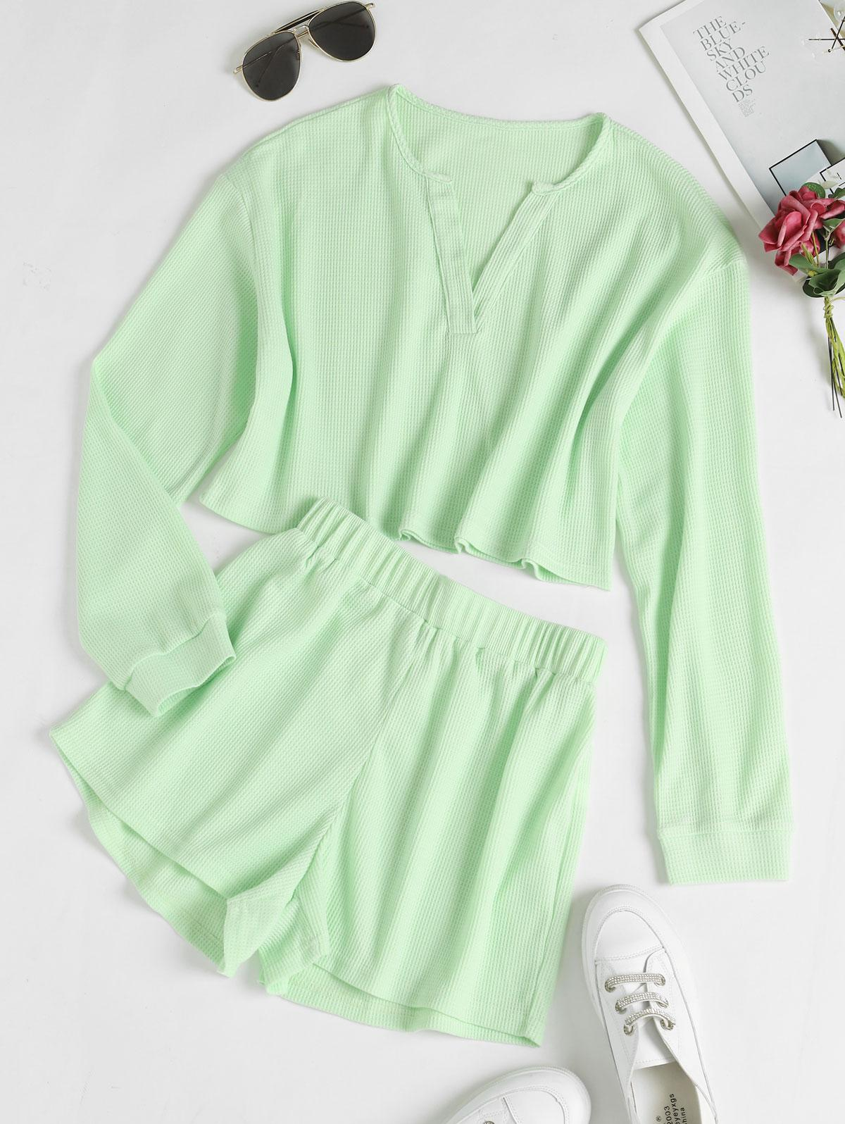 V Notch Drop Shoulder Knitted Shorts Set