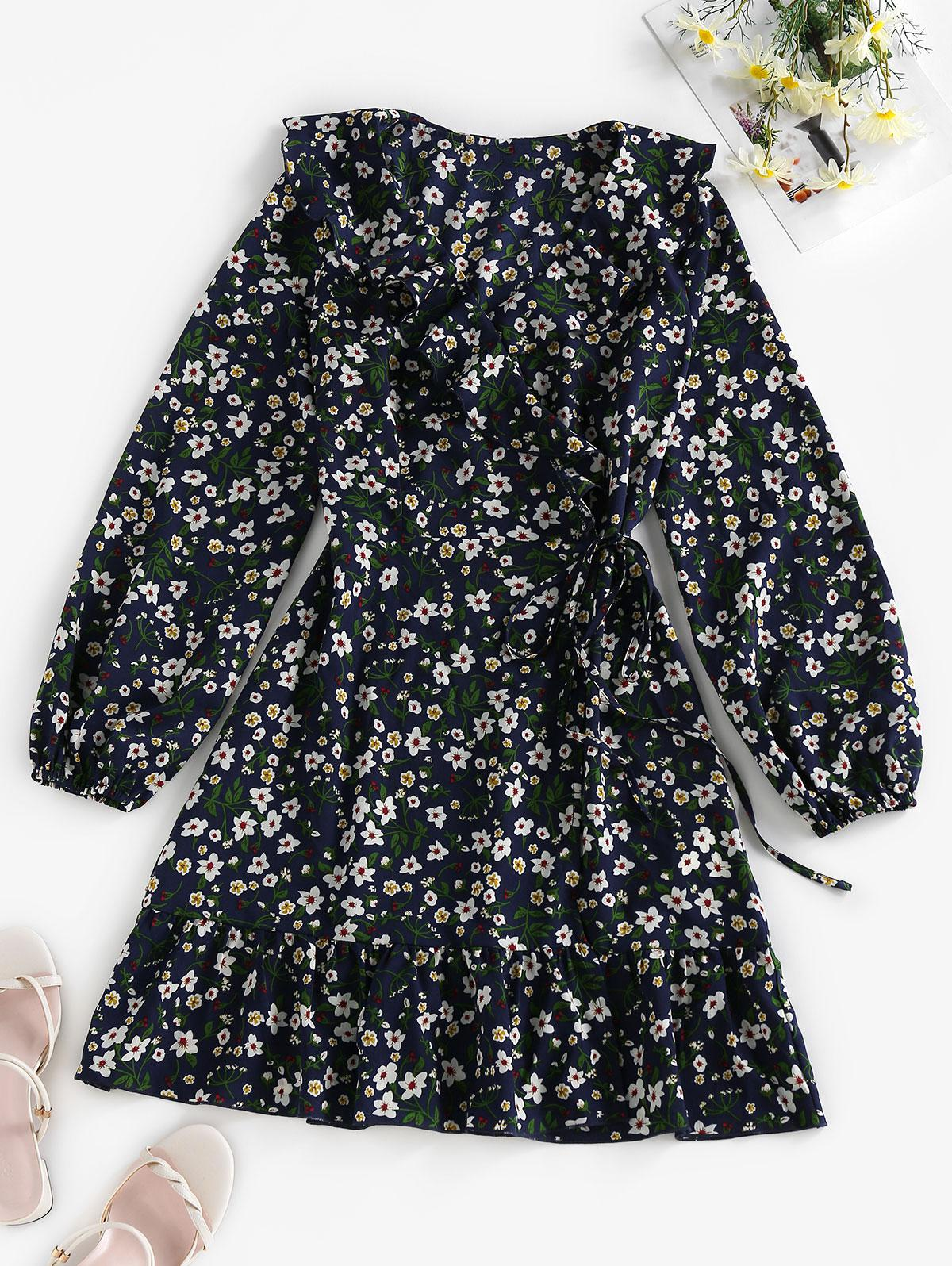 ZAFUL Ditsy Print Ruffle Wrap Dress
