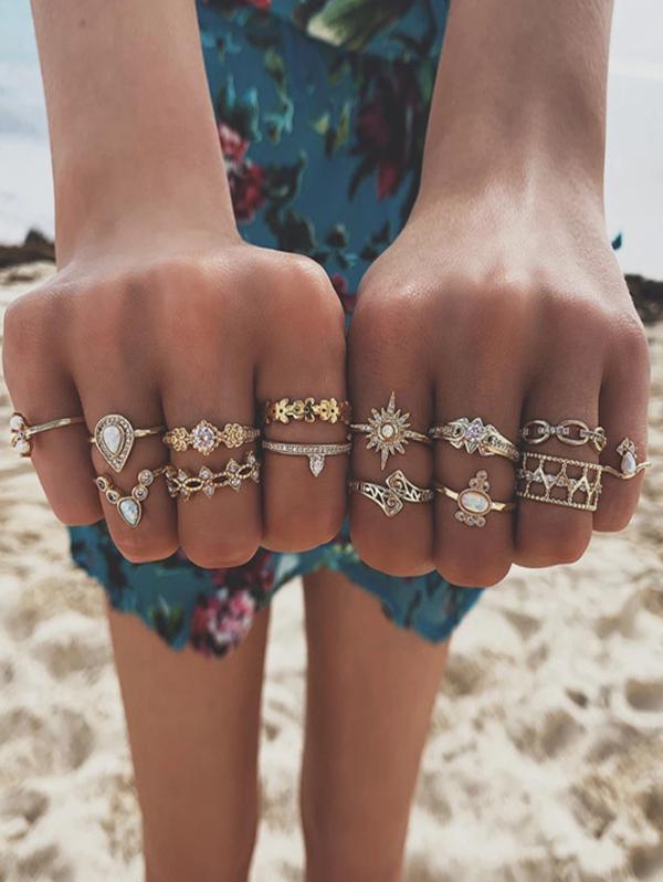 14 Piece Rhinestone Floral Teardrop Finger Rings Set