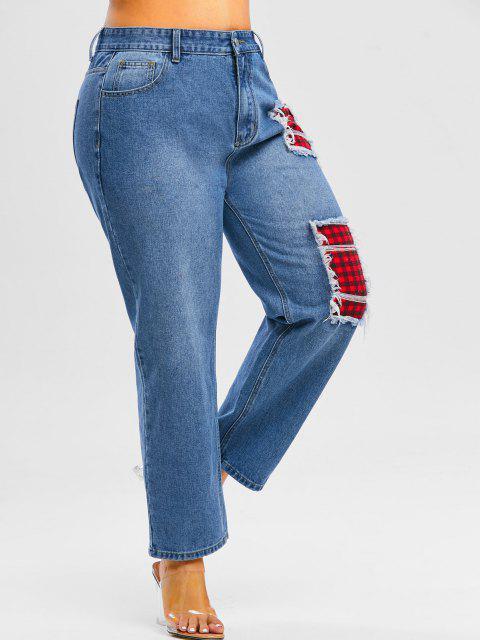 Plus Size Plaid Patch Distressed Jeans - ازرق غامق L Mobile