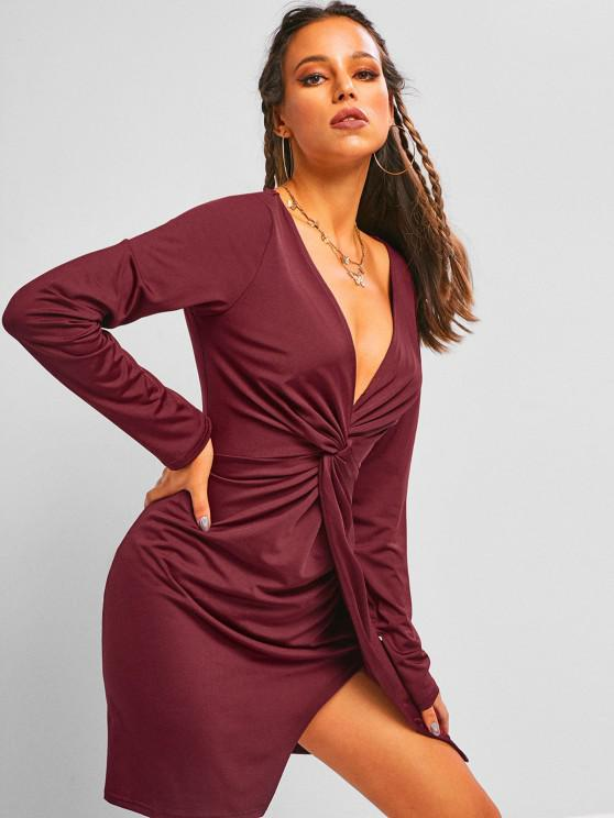 affordable ZAFUL Plunge Front Twist Mini Night Out Dress - DEEP RED M