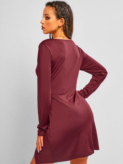 affordable ZAFUL Plunge Front Twist Mini Night Out Dress - DEEP RED M Mobile