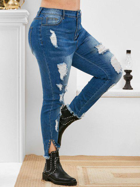 Plus Size Ripped High Rise Eyelet Jeans - ازرق غامق L Mobile