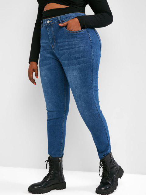 Plus Size Raw Hem Tapered Jeans - أزرق 3XL Mobile
