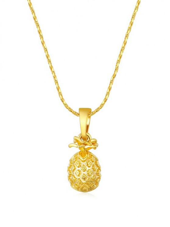 Collier avec Pendentif Ananas Sculpté - d'or