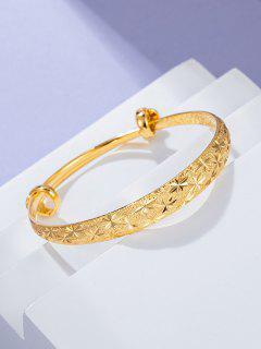 Star Engraved Adjustable Bangle - Golden