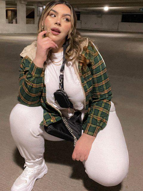 ZAFUL Plus Size Hooded Plaid Fluffy Lined Jacket - أخضر 3XL Mobile
