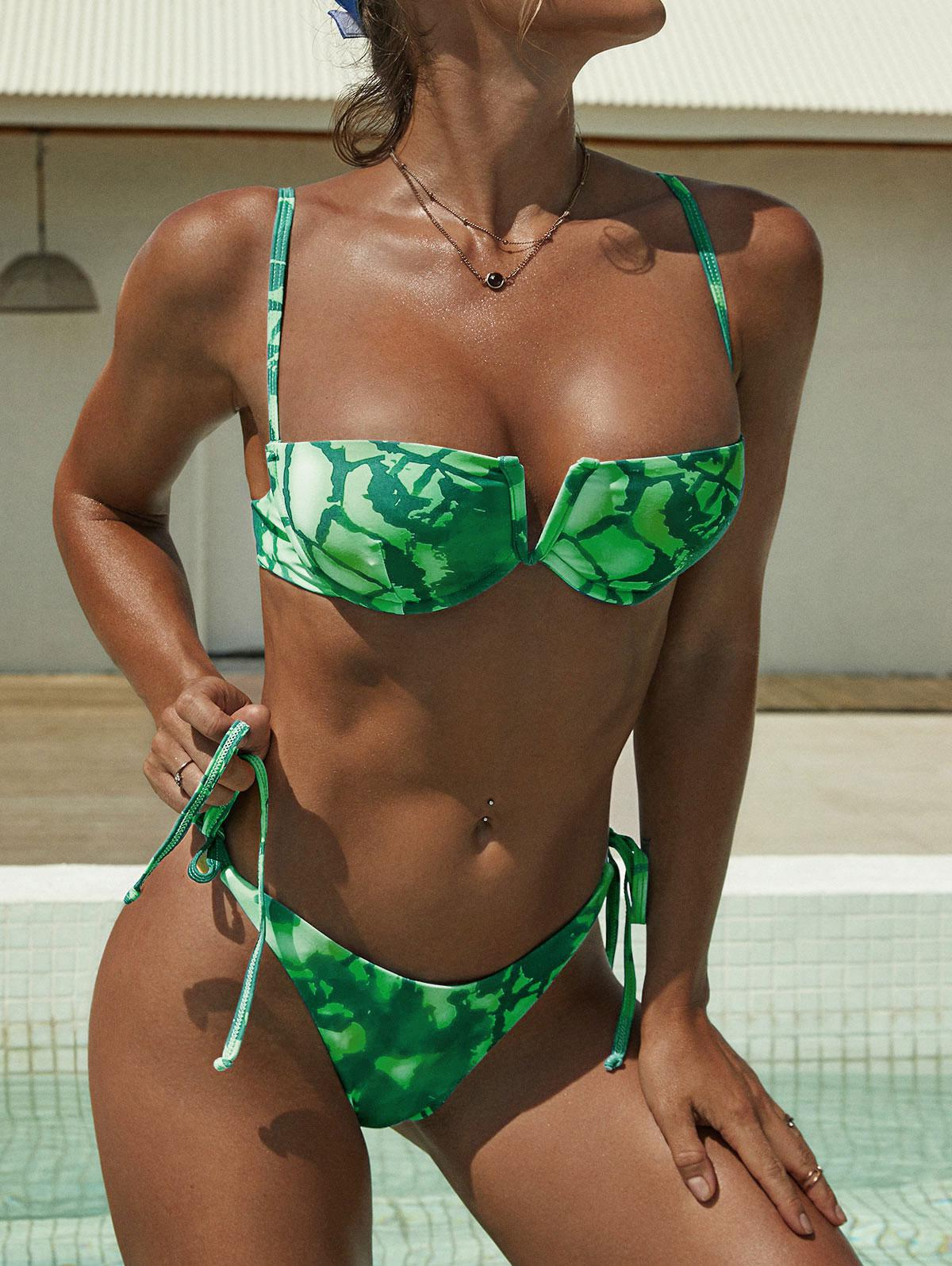 ZAFUL Tie Dye V-wired Underwire Scrunch Butt Balconette Bikini Swimwear