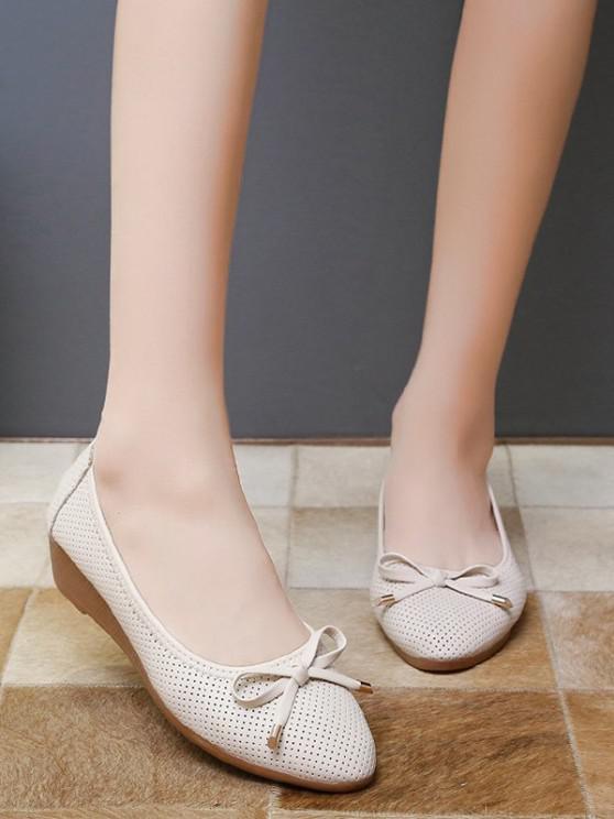 Almond Toe Bowknot Slip-On Low Wedge Heel Shoes - الأبيض الدافئ الاتحاد الأوروبي 37