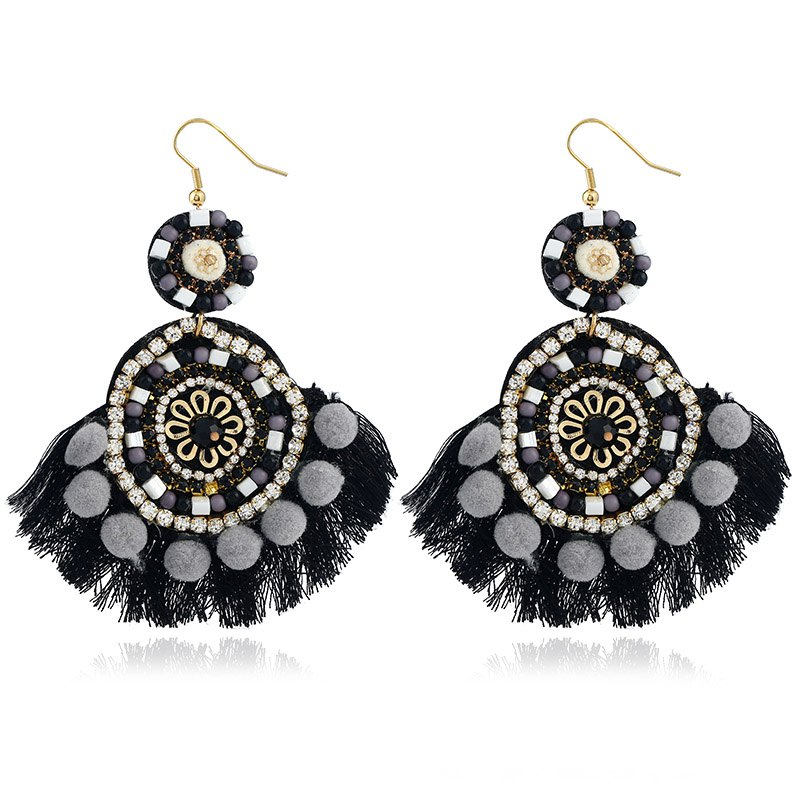 European and American accessories wholesale and exaggerated Bohemian national style of the ear ornaments handmade tassel